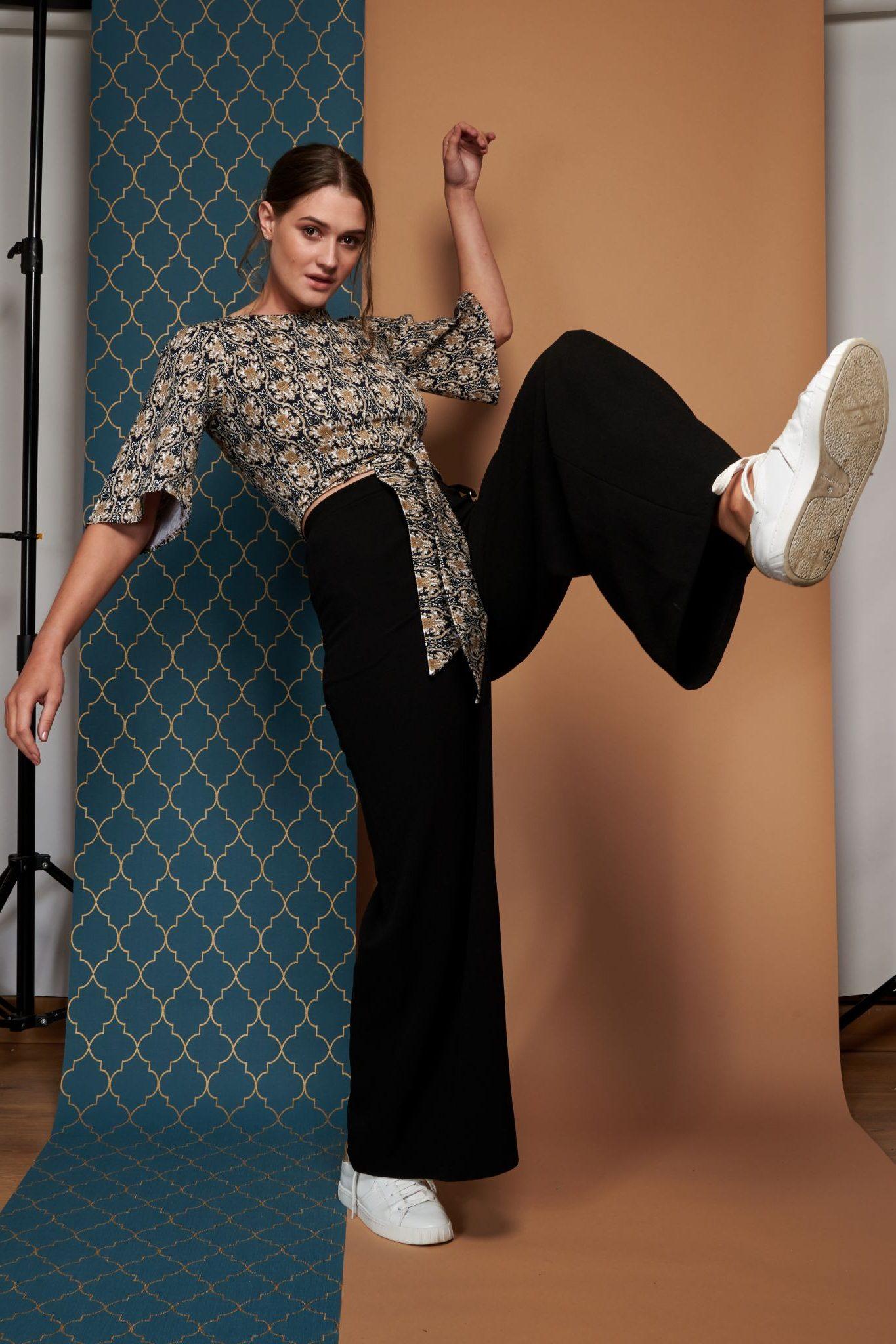 sofia-wide-leg-trouser-in-black-[2]-622-p