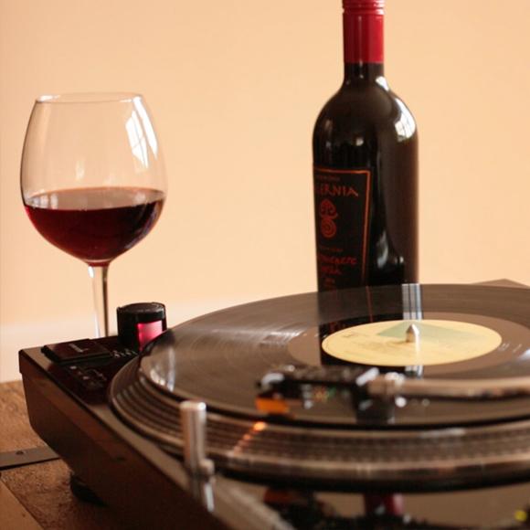 wine and vino