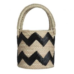 Black Raffia Zig Zag Woven Straw Top Handle