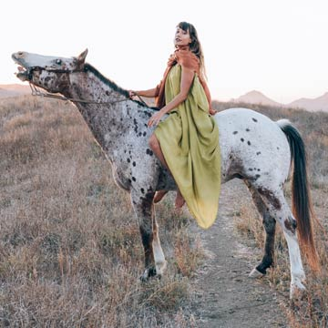 A PERFECT NOMAD | NOMADIC LIFESTYLE | Organic and ethical collection cultivated by the rhythm and aesthetics of the bohemian traveller.