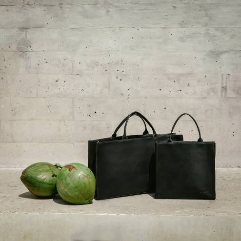 GREEN IS THE NEW BLACK - Inspired by Chatwins's belief that humans are a migratory species, predisposed to a life of travel. Discover Kmana's ethically made collection.