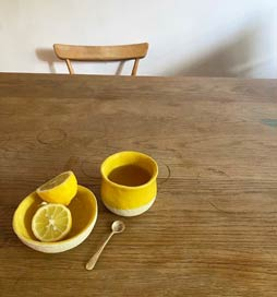 When the sun is out, I come out to play. Exclusive Kana London Sun Collection for your morning coffee️ or lemon water. Bringing each other joy and simple pleasures in every day life. Everyone deserves bright sunshine mornings!!