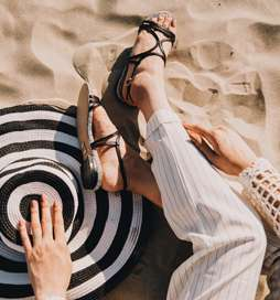 The sun is out and we've got you covered! Stay chic with @yullshoes a contemporary Brit based brand boasting chic sandals for beach ready and weekend getaways!